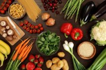 stockfresh_2190014_healthy-eating_sizeXS-1
